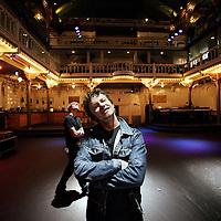 Nederland, Amsterdam , 11 november 2011..Documentairemaker Jeroen Berkvens maakt in het veertigste jaar van Paradiso een documentaire die zich grotendeels afspeelt in Paradiso. Berkvens onderzoekt wat artiesten beweegt om op te treden en wat daarvan de gevolgen kunnen zijn..Foto:Jean-Pierre Jans