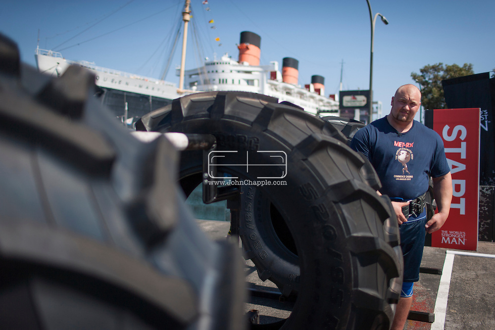 September 25, 2012. Long Beach, California.  The 2012 MET-Rx World's Strongest Man competition, saw 30 international competitors battle it out in front of the 'Queen Mary', to win the ultimate strongman title...Photo John Chapple / © IMG Media Ltd..