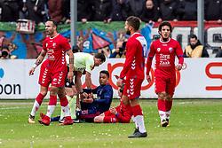 28-01-2018 NED: FC Utrecht - AFC Ajax, Utrecht<br /> Opstootje met Justin Kluivert #45 of Ajax, Rico Strieder #6 of FC Utrecht