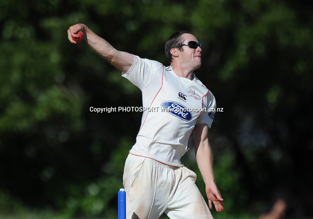 Auckland's Todd Astle bowling. Plunket Shield domestic cricket match, Auckland Aces v Canterbury Wizards. Colin Maiden Park, Auckland. Thursday 31 March 2011. Photo: Andrew Cornaga/photosport.co.nz