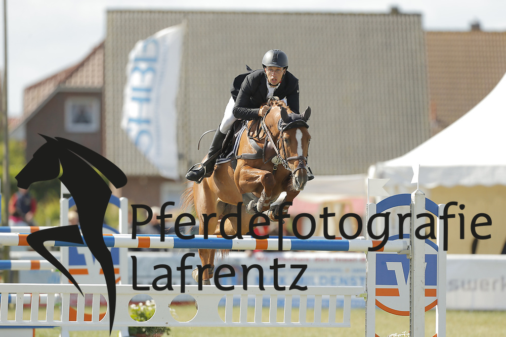Tremp, Hannes, Landia<br /> Fehmarn - Pferdefestival 2014<br /> Nationales Springen<br /> © www.sportfotos-lafrentz.de/ Stefan Lafrentz