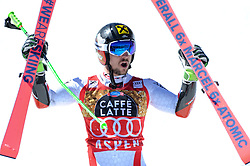 18.03.2017, Aspen, USA, FIS Weltcup Ski Alpin, Finale 2017, Riesenslalom, Herren, Siegerehrung, im Bild Marcel Hirscher (AUT, 1. Platz und Riesenslalom-Weltcupsieger) // race winner and Giantslalom World Cup winner Marcel Hirscher of Austria during the winner award ceremony for the men's Giantslalom of 2017 FIS ski alpine world cup finals. Aspen, United Staates on 2017/03/18. EXPA Pictures © 2017, PhotoCredit: EXPA/ Erich Spiess