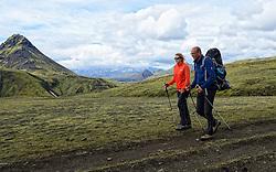 08-07-2014 ISL: Iceland Diabetes Challenge dag 4, Alftavatn<br /> Vandaag ging de challenge van Hrafntinnusker naar Alftavatn / Debbie de Poorter, Wim in 't Veld