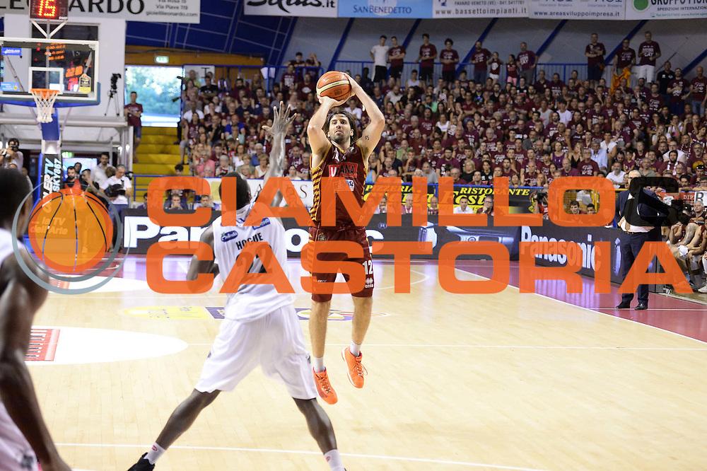 Ariel Filloy<br /> Venezia  18Giugno 2017<br /> Campionato Basket Lega A Fianale gara 5<br /> Umana Reyer Venezia vs Dolomiti Energia Trentino<br /> Foto ciamillo/Riccardo Gregolin