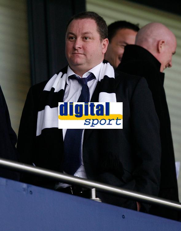 Photo: Steve Bond/Richard Lane Photography. West Bromwich Albion v Newcastle United. Barclays Premiership. 07/02/2009. Newcastle Chairman Mike Ashley