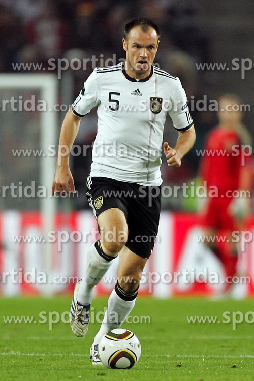 07.09.2010, Rhein Energie Stadion, Koeln, GER, UEFA 2012 Qualifier, Deutschland vs. Aserbaidschan, im Bild Heiko Westermann (Deutschland #5, Hamburg)  EXPA Pictures © 2010, PhotoCredit: EXPA/ nph/  Mueller +++++ ATTENTION - OUT OF GER +++++ / SPORTIDA PHOTO AGENCY