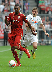 27.04.2013, Allianz Arena, Muenchen, GER, 1. FBL, FC Bayern Muenchen vs SC Freiburg, 31. Runde, im Bild Jerome BOATENG (FC Bayern Muenchen) vor Max KRUSE (SC Freiburg) // during the German Bundesliga 31th round match between FC Bayern Munich and SC Freiburg at the Allianz Arena, Munich, Germany on 2013/04/27. EXPA Pictures © 2013, PhotoCredit: EXPA/ Eibner/ Wolfgang Stuetzle..***** ATTENTION - OUT OF GER *****