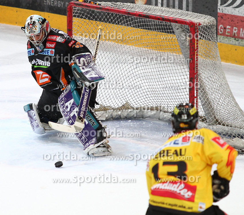 09.03.2010, Albert Schultz Halle, Wien, AUT, EBEL, Vienna Capitals vs Black Wings Linz, im Bild Alex Westlund, EHC LIWEST Black Wings Linz und Patrick Lebeau, Vienna Capitals , EXPA Pictures © 2010, PhotoCredit: EXPA/ T. Haumer / SPORTIDA PHOTO AGENCY
