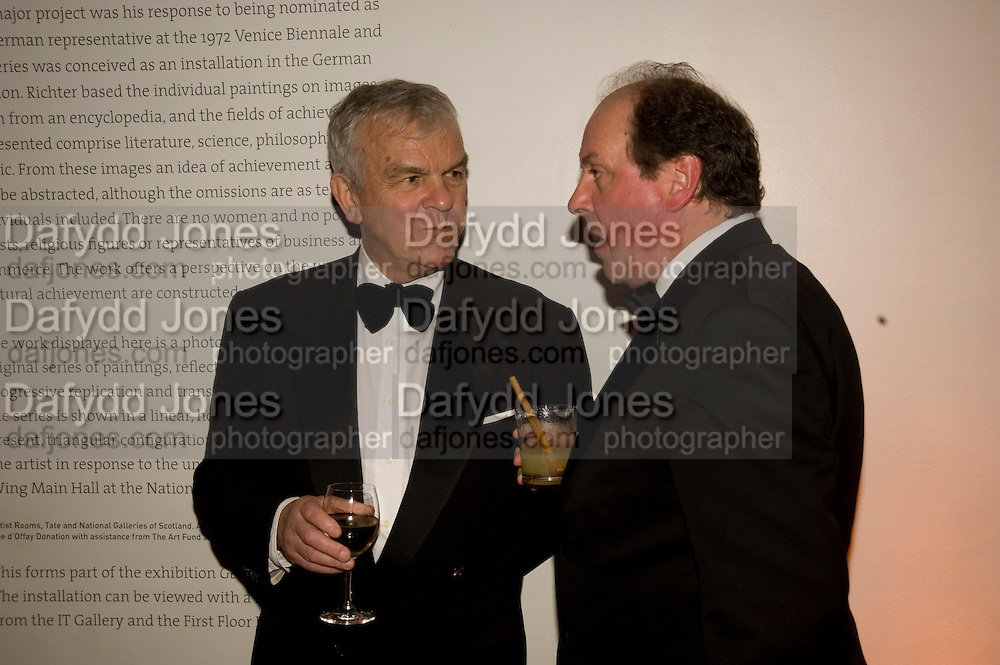 LORD EVANS; JIM NAUGHTIE, National Portrait Gallery fundraising Gala in aid of its Education programme, National Portrait Gallery. London. 3 March 2009 *** Local Caption *** -DO NOT ARCHIVE-© Copyright Photograph by Dafydd Jones. 248 Clapham Rd. London SW9 0PZ. Tel 0207 820 0771. www.dafjones.com.<br /> LORD EVANS; JIM NAUGHTIE, National Portrait Gallery fundraising Gala in aid of its Education programme, National Portrait Gallery. London. 3 March 2009