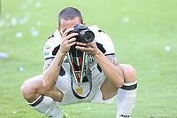 21.05.2017 - Torino Juventus Stadium -  Festa e premiazione scudetto 2016-17  nella  foto: Leonardo Bonucci nella veste di fotografo