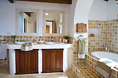 Country Bathroom 655
