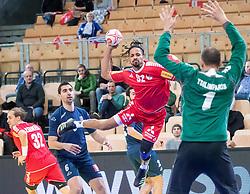 06.01.2019, Olympiaworld, Innsbruck, AUT, Österreich vs Griechenland, Continental Cup, im Bild v.l. Gerald Zeiner (AUT), Ioannis Basmalis (GRE), Raul Santos (AUT), Konstantinos Tsilimparis (GRE) // v.l. Gerald Zeiner (AUT), Ioannis Basmalis (GRE), Raul Santos (AUT), Konstantinos Tsilimparis (GRE) during the handball Continental Cup match between Austria and Griechenland at the Olympiaworld in Innsbruck, Austria on 2019/01/06. EXPA Pictures © 2019, PhotoCredit: EXPA/ Johann Groder