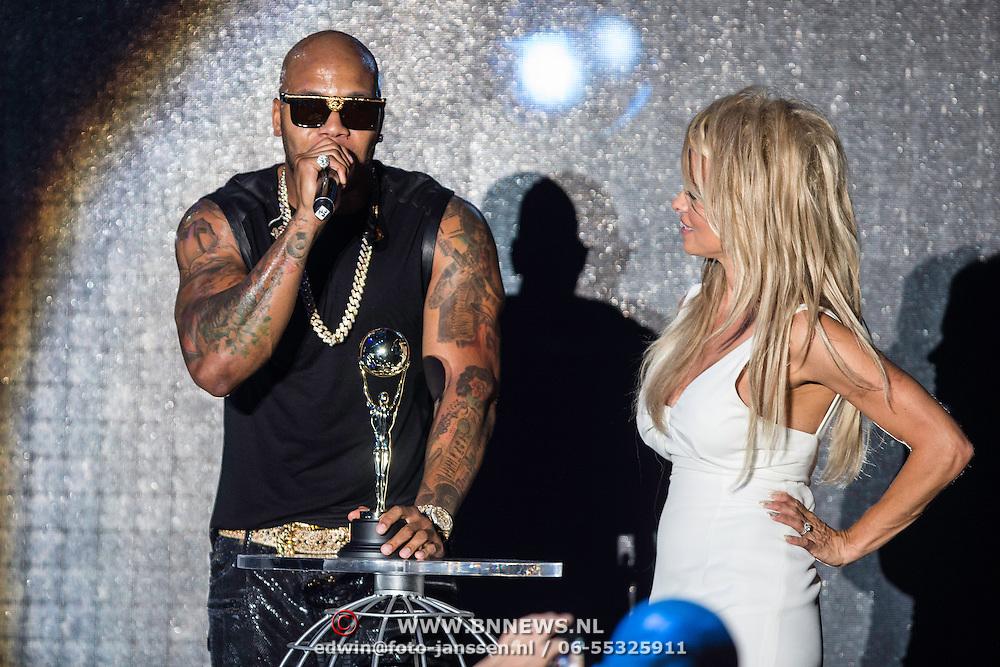 MON/Monaco/20140527 -World Music Awards 2014, Flo rida en Pamela Anderson