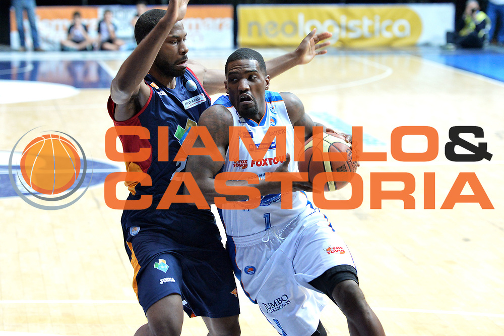 DESCRIZIONE : Cant&ugrave; Lega A 2014-15Acqua Vitasnella Cant&ugrave; Acea Roma<br /> GIOCATORE : Darius Lohnson - Odom<br /> CATEGORIA : Palleggio Penetrazione<br /> SQUADRA : Acea Roma<br /> EVENTO : Campionato Lega A 2014-2015<br /> GARA : Acqua Vitasnella Cant&ugrave; Acea Roma<br /> DATA : 11/01/2015<br /> SPORT : Pallacanestro <br /> AUTORE : Agenzia Ciamillo-Castoria/I.Mancini<br /> Galleria : Lega Basket A 2013-2014  <br /> Fotonotizia : Cant&ugrave; Lega A 2013-2014 Acqua Vitasnella Cant&ugrave; Acea Roma<br /> Predefinita :