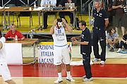 DESCRIZIONE : Firenze I&deg; Torneo Nelson Mandela Forum Italia Polonia<br /> GIOCATORE : Marco Belinelli Simone Pianigiani<br /> SQUADRA : Nazionale Italia Uomini <br /> EVENTO : I&deg; Torneo Nelson Mandela Forum <br /> GARA : Italia Polonia<br /> DATA : 17/07/2010 <br /> CATEGORIA : coach<br /> SPORT : Pallacanestro <br /> AUTORE : Agenzia Ciamillo-Castoria/C.De Massis<br /> Galleria : Fip Nazionali 2010 <br /> Fotonotizia : Firenze I&deg; Torneo Nelson Mandela Forum Italia Polonia<br /> Predefinita :