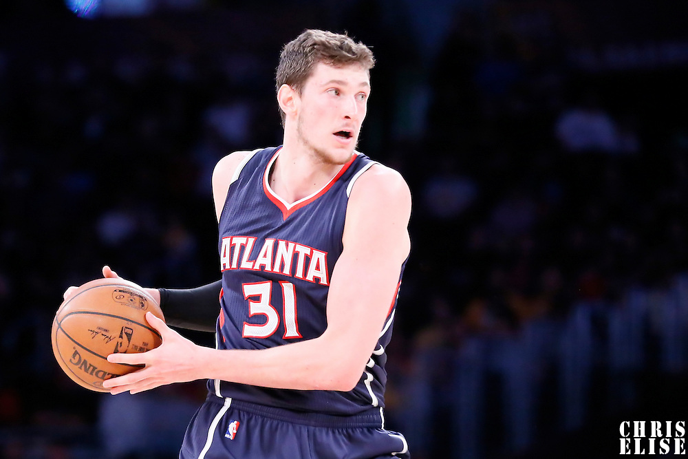 15 March 2015: Atlanta Hawks forward Mike Muscala (31) looks to pass the ball during the Atlanta Hawks 91-86 victory over the Los Angeles Lakers, at the Staples Center, Los Angeles, California, USA.