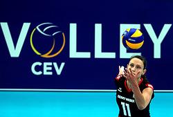 06-09-2013 VOLLEYBAL: EK VROUWEN DUITSLAND - SPANJE: HALLE<br /> Duitsland wint met 3-0 van Spanje / Christiane Furst<br /> &copy;2013-FotoHoogendoorn.nl