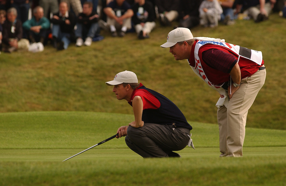 David Toms ..Caddie Scott Gneiser..Sutton Coldfield, UK..2002 Ryder Cup..09/29/02, Sunday Singles Matches..Photograph
