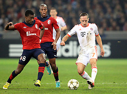 23.10.2012, Grand Stade Lille Metropole, Lille, OSC Lille vs FC Bayern Muenchen, im Bild Franck RIBERY (FC Bayern Muenchen - 7) spielt einen Pass vor Salomon KALOU (OSC Lille - 08) und Djibril SIDIBE (OSC Lille - 15) // during UEFA Championsleague Match between Lille OSC and FC Bayern Munich at the Grand Stade Lille Metropole, Lille, France on 2012/10/23. EXPA Pictures © 2012, PhotoCredit: EXPA/ Eibner/ Ben Majerus..***** ATTENTION - OUT OF GER *****