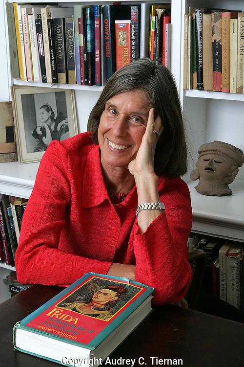 June 2007, New York City: Writer, Hayden Herrera, author of Frida Kahlo, in her Upper West Side apartment.