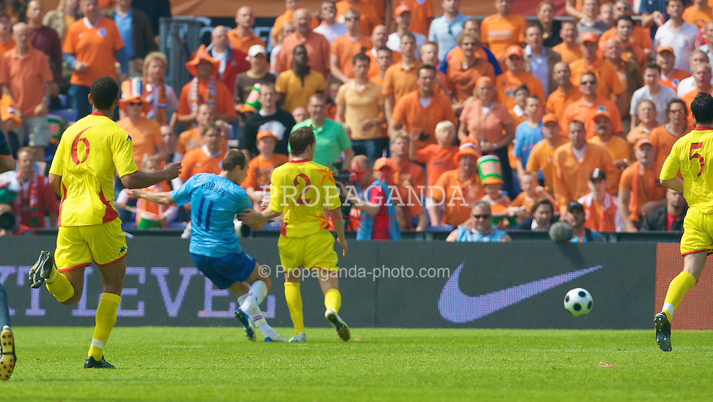 ROTTERDAM, THE NETHERLANDS - Sunday, June 1, 2008: The Netherlands' Arjen Robben scores the opening goal against Wales during the international friendly match at the de Kuip Stadium. (Photo by David Rawcliffe/Propaganda)