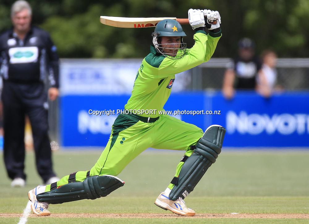 Pakistan's Abdul Razzaq batting during his innings of 16. Twenty20 Cricket, Auckland Aces v Pakistan, Colin Maiden Park, Auckland. Thursday 23 December 2010.Photo: Andrew Cornaga/photosport.co.nz