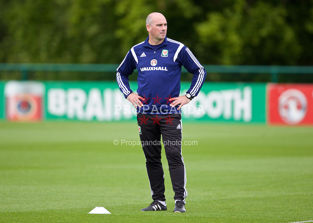 CARDIFF, WALES - Monday, June 8, 2015: Wales' sport psychologist Ian Mitchall during a training session at the Vale of Glamorgan ahead of the UEFA Euro 2016 Qualifying Round Group B match against Belgium. (Pic by David Rawcliffe/Propaganda)