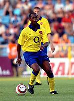 ◊Copyright:<br />GEPA pictures<br />◊Photographer:<br />Andreas Troester<br />◊Name:<br />Hoyte<br />◊Rubric:<br />Sport<br />◊Type:<br />Fussball<br />◊Event:<br />Testspiel, NK Maribor vs Arsenal London<br />◊Site:<br />Maribor, Slowenien<br />◊Date:<br />22/07/04<br />◊Description:<br />Justin Hoyte (Arsenal)<br />◊Archive:<br />DCSTR-2207041814<br />◊RegDate:<br />23.07.2004<br />◊Note:<br />8 MB - SU/SU