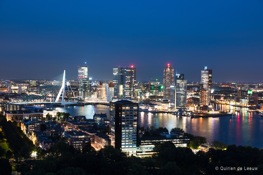 Skyline Rotterdam at night