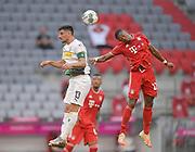 Lars Stindl (Borussia Mönchengladbach) gegen David Alaba (Bayern München), rechts during the Bayern Munich vs Borussia Monchengladbach Bundesliga match at Allianz Arena, Munich, Germany on 13 June 2020.