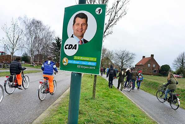 Nederland, Boxmeer, 16-2-2014 Verkiezingsbord met affiche van het CDA voor de komende gemeenteraadsverkiezingen.  Netherlands, election board with posters for the forthcoming local elections. Foto: Flip Franssen/Hollandse Hoogte
