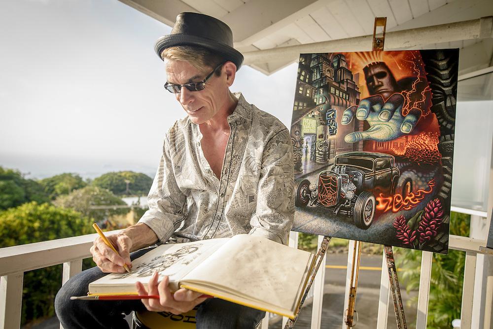 Tiki artist Brad Parker working at his home in Kona, Hawaii | Hana Hou! Magazine