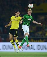 FUSSBALL   1. BUNDESLIGA   SAISON 2012/2013   1. SPIELTAG Borussia Dortmund - SV Werder Bremen                  24.08.2012      Neven Subotic (li, Borussia Dortmund) gegen Kevin De Bruyne (re, SV Werder Bremen)