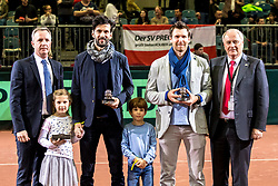 02.02.2018, VAZ, St. Pölten, AUT, Davis Cup, Österreich vs Weissrussland, Europa-Afrika-Zone, 1. Runde, im Bild v.l. Schiedsrichter Sören Friemel, Julian Knowle (AUT), Alexander Peya (AUT), Präsident Robert Groß (ÖTV) // f.l. referee Sören Friemel Julian Knowle of Austria Alexander Peya of Austria president of ÖTV Robert Groß during the Davis Cup - Europe - African zone - 1st Round between Austria and Belarus at the VAZ in St. Pölten, Austria on 2018/02/02. EXPA Pictures © 2018, PhotoCredit: EXPA/ Sebastian Pucher