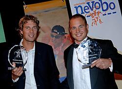 08-10-2006 VOLLEYBAL: GALA 2006: DOETINCHEM<br /> In de schouwburg van Doetinchem werd het volleybalgala 2006 gehouden / Beste beachers seizoen 2005-2006 Jochem de Gruijter en Gijs Ronnes<br /> ©2006-WWW.FOTOHOOGENDOORN.NL