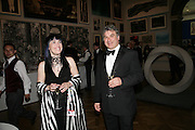 CAYETANA CASTILLO AND ADRIAN LOCKE, Royal Academy Annual Dinner. Piccadilly. London. 5 June 2007.  -DO NOT ARCHIVE-© Copyright Photograph by Dafydd Jones. 248 Clapham Rd. London SW9 0PZ. Tel 0207 820 0771. www.dafjones.com.