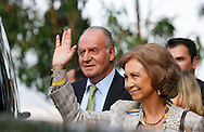 The King of Spain, Juan Carlos and Queen Sofia, Portuguese first lady, Maria Cavaco Silva, Portuguese President, Cavaco Silva, during a visit to Cape Girao, near Funchal, Madeira Island, Portugal, 31July 2009.Foto Gregorio Cunha