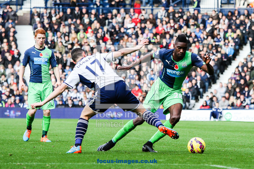 Sammy Ameobi of Newcastle United (right) during the Barclays Premier League match at The Hawthorns, West Bromwich<br /> Picture by Andy Kearns/Focus Images Ltd 0781 864 4264<br /> 09/11/2014