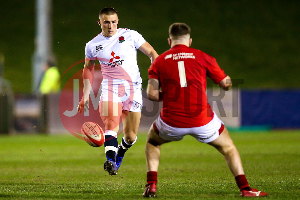 Ollie Sleightholme of England U20 takes on Rhys Davies of Wales U20 - Mandatory by-line: Robbie Stephenson/JMP - 22/02/2019 - RUGBY - Zip World Stadium - Colwyn Bay, Wales - Wales U20 v England U20 - Under-20 Six Nations