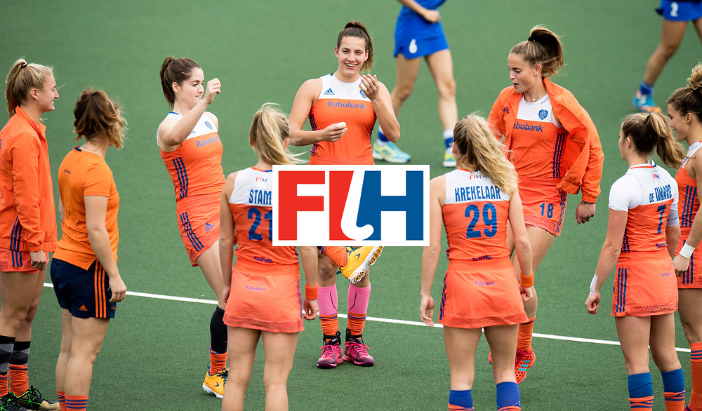 AUCKLAND - Sentinel Hockey World League final women<br /> Match id: 10299<br /> 09 NED v KOR (Pool A)<br /> Foto:  Warming up starts with footbal, Frederique Matla smiles as Marloes Keetels (l) and Pien Sanders  the bal play.<br /> WORLDSPORTPICS COPYRIGHT FRANK UIJLENBROEK