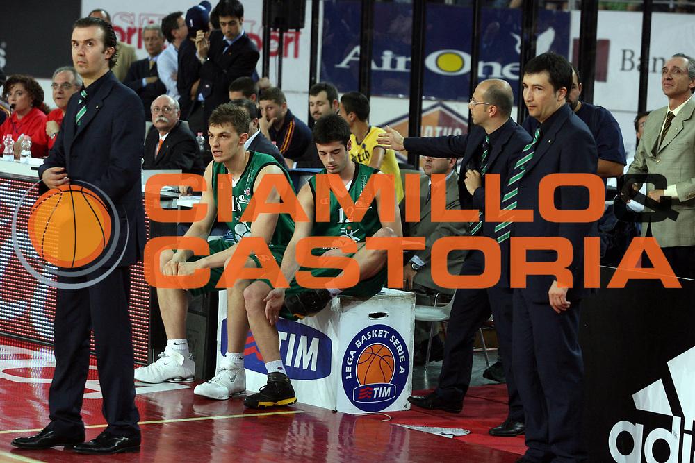 DESCRIZIONE : Roma Lega A1 2006-07 Playoff Semifinale Gara 4 Lottomatica Virtus Roma Montepaschi Siena<br />GIOCATORE : Luca Lechthaler Lorenzo D'Ercole<br />SQUADRA : Montepaschi Siena<br />EVENTO : Campionato Lega A1 2006-2007 Playoff Semifinale Gara 4<br />GARA : Lottomatica Virtus Roma Montepaschi Siena<br />DATA : 07/06/2007 <br />CATEGORIA : Ritratto<br />SPORT : Pallacanestro <br />AUTORE : Agenzia Ciamillo-Castoria/G.Ciamillo
