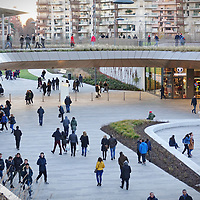 Il nuovo centro commerciale CityLife District aperto a Milano, firmato da Zaha Hadid.