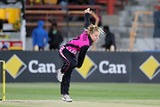 Leigh Kasperek bowling. Women's T20 international Cricket , Australia v New Zealand White Ferns. North Sydney Oval, Sydney, NSW, Australia. 29 September 2018. Copyright Image: David Neilson / www.photosport.nz