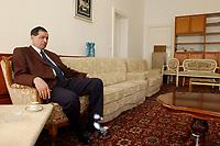 16 APR 2003, BERLIN/GERMANY:<br /> Muayad Hussain, Geschaeftstraeger der Botschaft des Irak in Deutschland, waehrend einem Interview, Botschaft Irak<br /> IMAGE: 20030416-01-005<br /> KEYWORDS: Geschäftsträger, Botschafter, ambassador