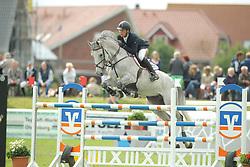 Lüneburg, Rasmus, Cointreau<br /> Fehmarn - Holsteiner Masters<br /> Springpferdeprüfung<br /> © www.sportfotos-lafrentz.de/ Stefan Lafrentz