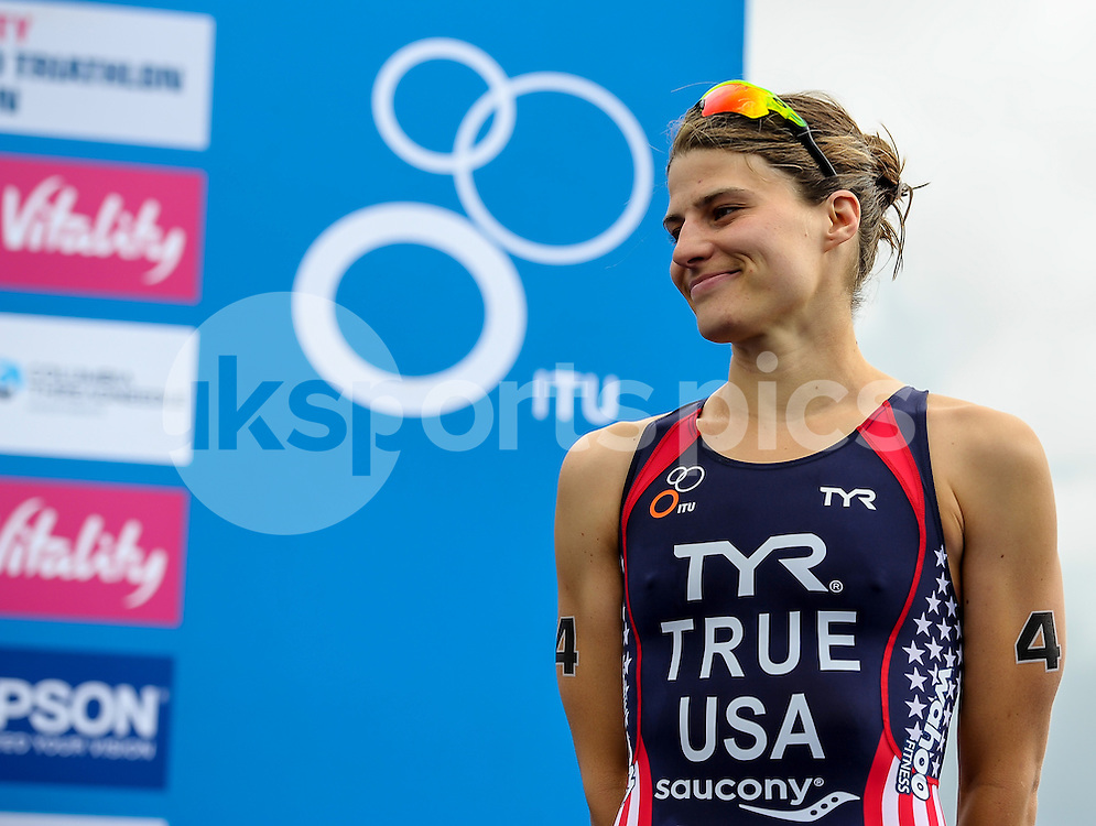 Sarah TRUE (USA) on the podium for her third place during The ITU Vitality World Triathlon at Hyde Park, London, England on 31 May 2015. Photo by Salvio Calabrese.