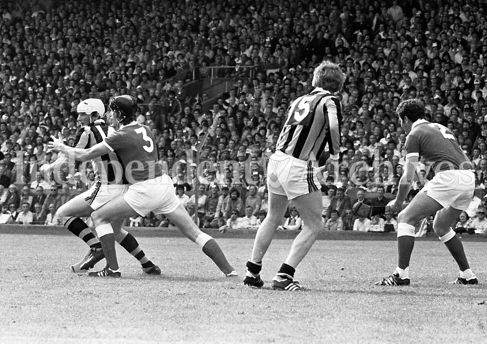 978-105<br />