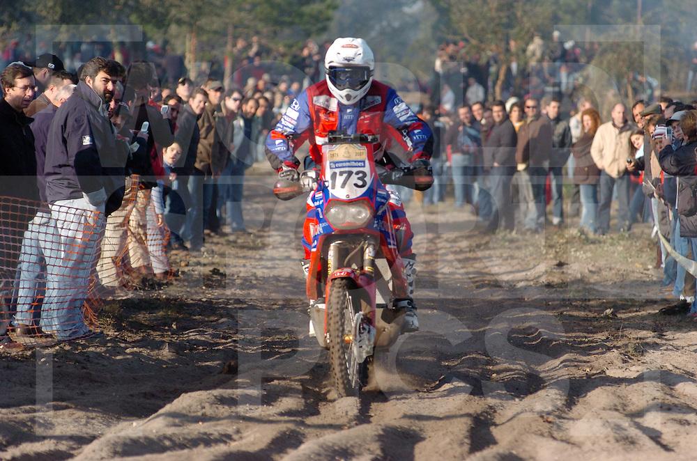 Le Dakar 2007..no: 173  .DE BOIS THOMAS  HONDA  .HOL  HONDA EUROPE..fotografie frank uijlenbroek©2006 frank uijlenbroek..Lissabon/Portimao....070107 Lissabon/Portima