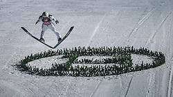 06.01.2020, Paul Außerleitner Schanze, Bischofshofen, AUT, FIS Weltcup Skisprung, Vierschanzentournee, Bischofshofen, Finale, im Bild Yukiya Sato (JPN) // Yukiya Sato of Japan during the final for the Four Hills Tournament of FIS Ski Jumping World Cup at the Paul Außerleitner Schanze in Bischofshofen, Austria on 2020/01/06. EXPA Pictures © 2020, PhotoCredit: EXPA/ Dominik Angerer