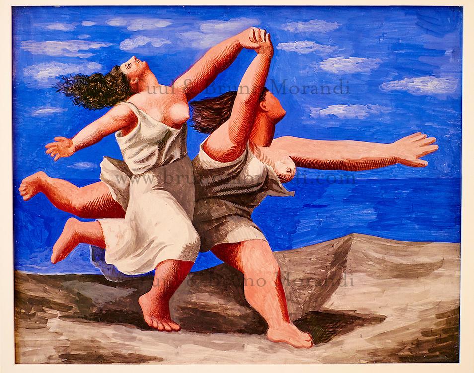 France, Paris (75), Musee Picasso, Deux Femmes Courant sur la Plage, 1922 // France, Paris, Picasso museum, Two Women Running on the Beach, 1922